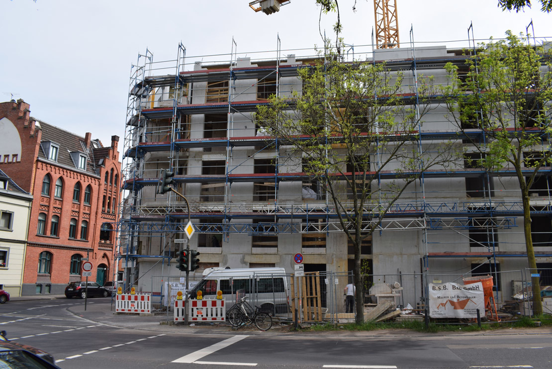 Photo report of the construction of an apartment building in Cologne from 28.04.2019